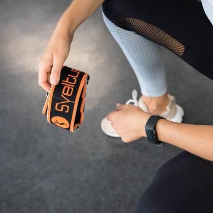 Elastyczna taśma do ćwiczeń Elastiband® Multi 30kg | długość 110cm | czarna Sveltus - 12 | klubfitness.pl