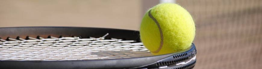 Piłki i rakiety do tenisa ziemnego